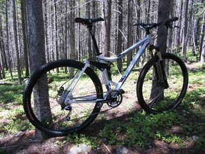 Kona_hei_hei_29_mountain_bike_dirt_