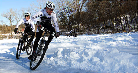 Ice_bike_racing