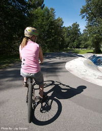 Loeka_mountain_bike_clothing_women_1