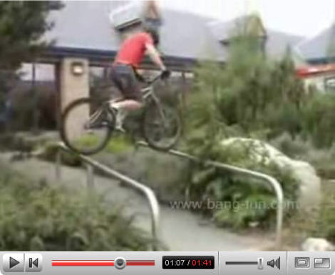 Urban_trials_riding_video